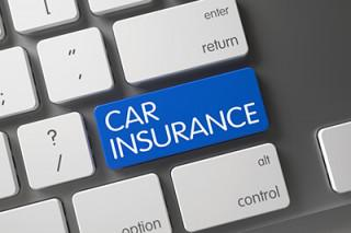 Discounts on auto insurance for 20 year old women